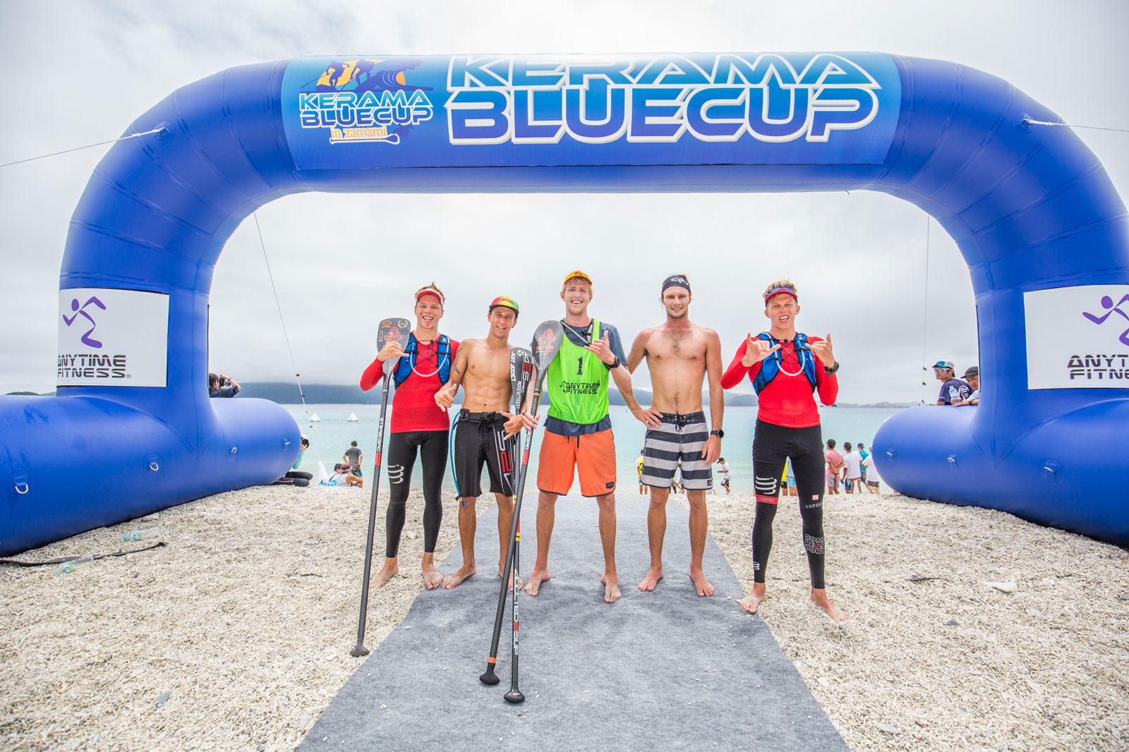Connor-Baxter-and-Sonni-Honscheid-Crowned-Champs-at-2018-Kerama-Blue-Cup-PC-Georgia-Schofield-men-podium