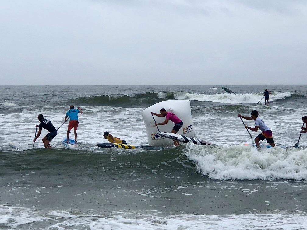 connor-baxter-back-app-2018-ny-sup-open-sprint-beach-race-hammer-buoy-mens-sprints-app-world-tour