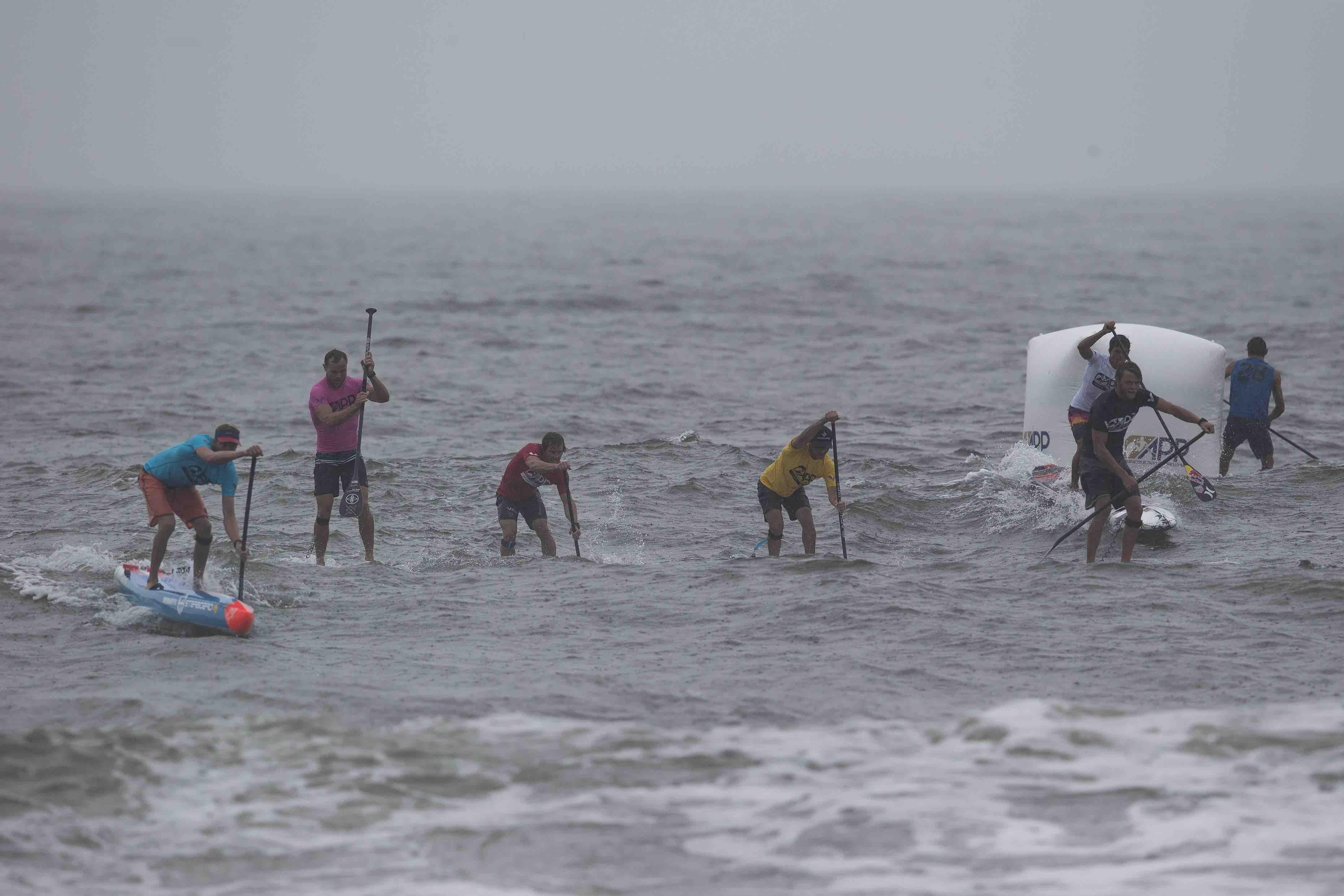 connor-baxter-back-app-2018-ny-sup-open-sprint-beach-race-small-bump