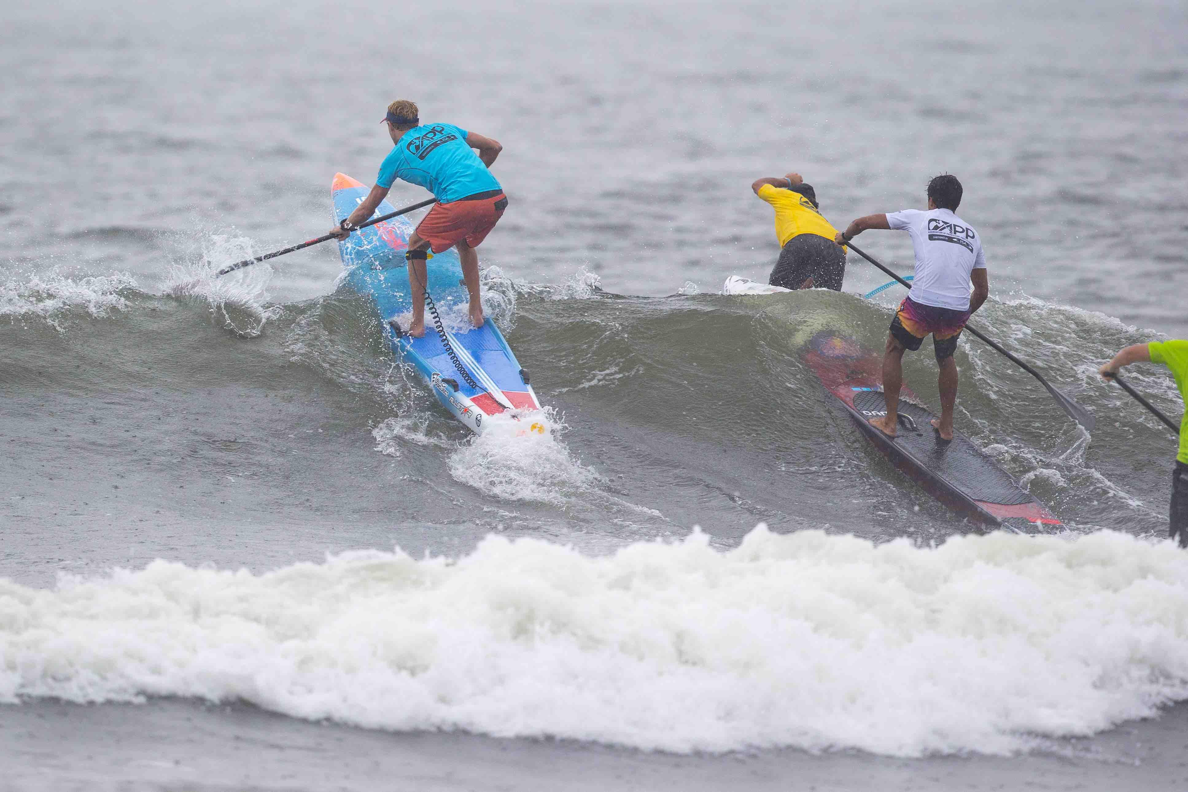 connor-baxter-back-app-2018-ny-sup-open-sprint-beach-race-wave-1