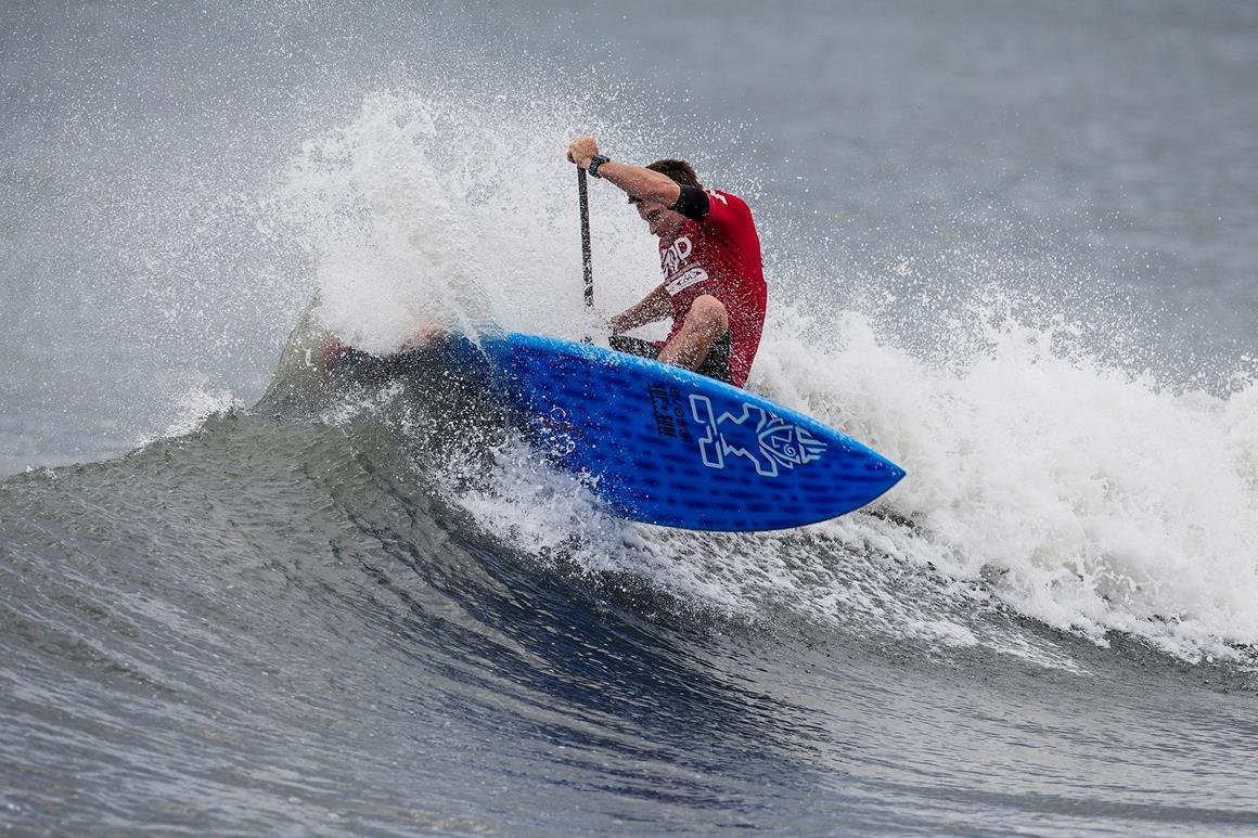 app-new-york-sup-open-starboard-sup-sean-poynter-wave
