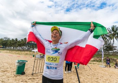 Daniel-Hasulyo-takes-the-Sup-Men-Tech-Race-Gold-Medal-hugarian-flag