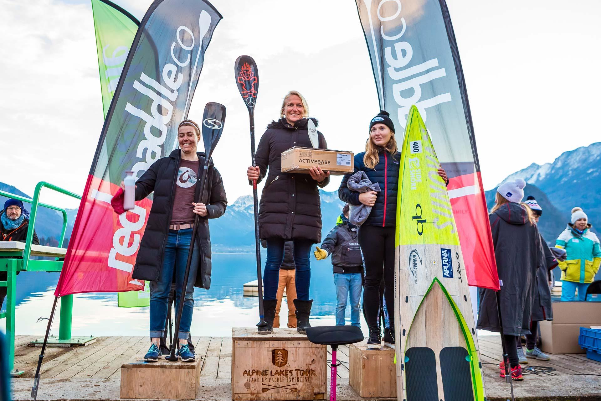 Sonni-Hoenscheid-Wins-2019-Gla-Gla-Race-womens-podium