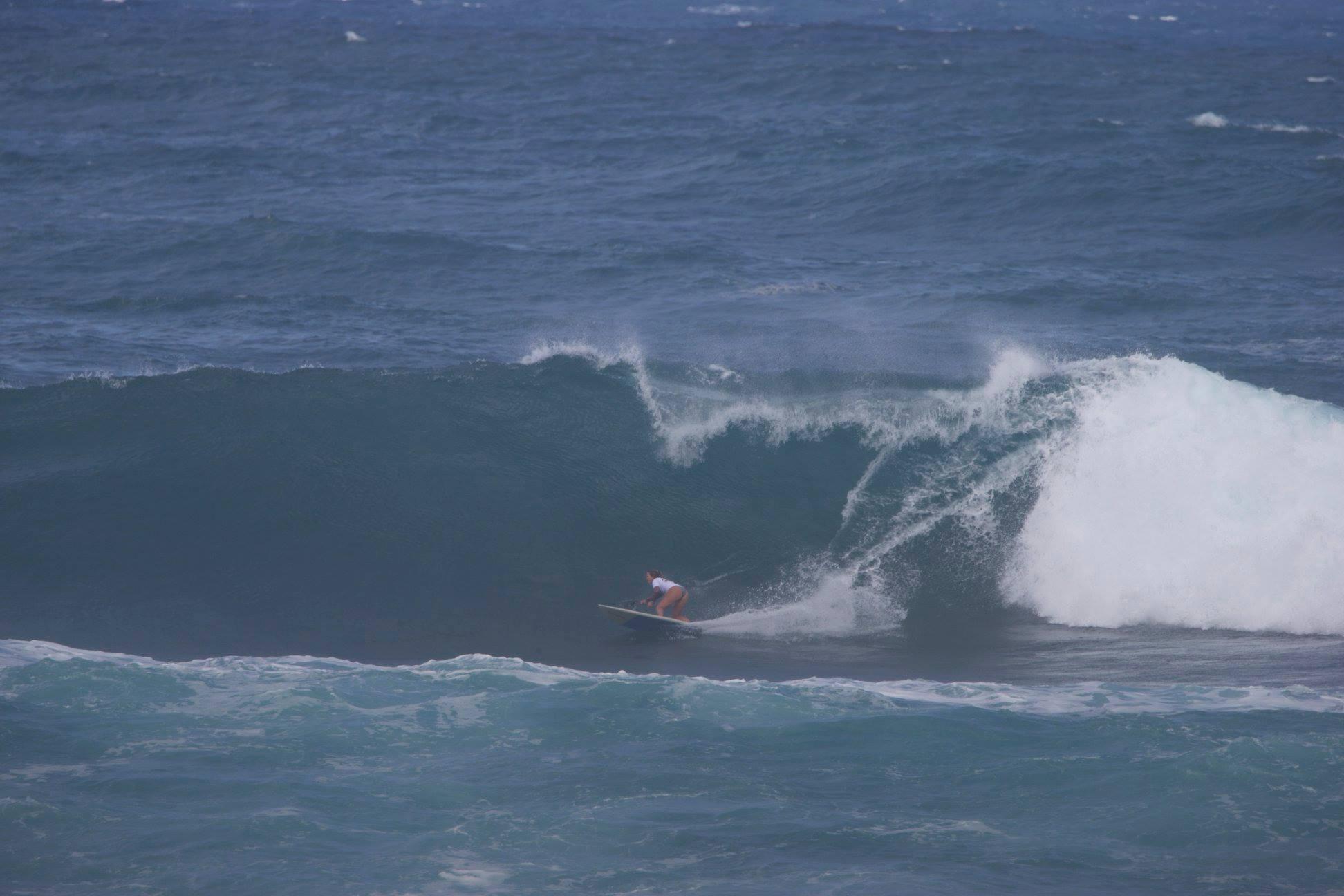 Fiona-Wylde-Wins-APPs-2019-Sunset-Beach-Pro-bottom-turn