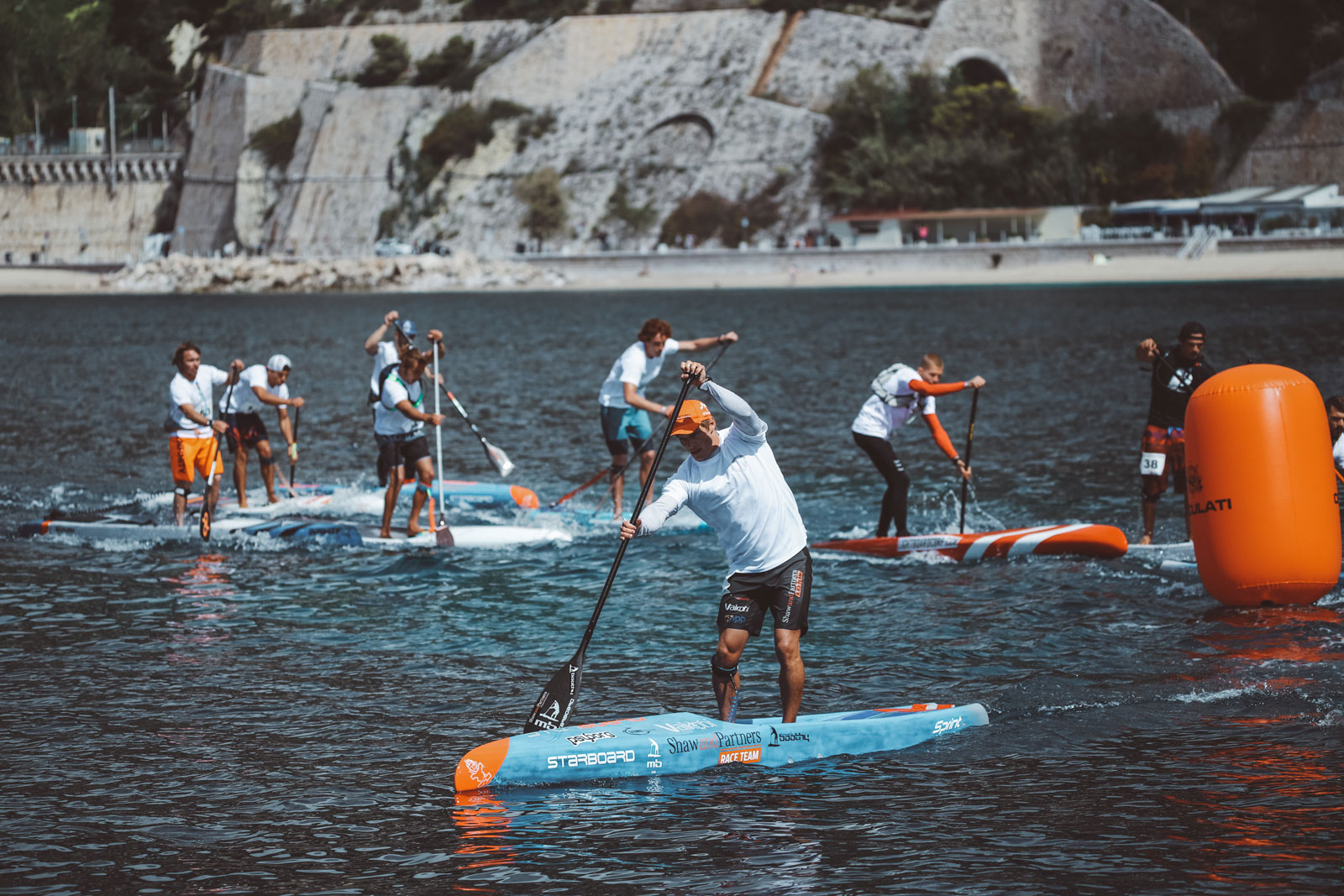 Starboard-SUP-Stand-Up-Paddleboarding-Michael-Booth-Fiona-Wylde-Win-2019-Azur-Paddle-Days-Race-Event-France-pack-buoy-turn-2