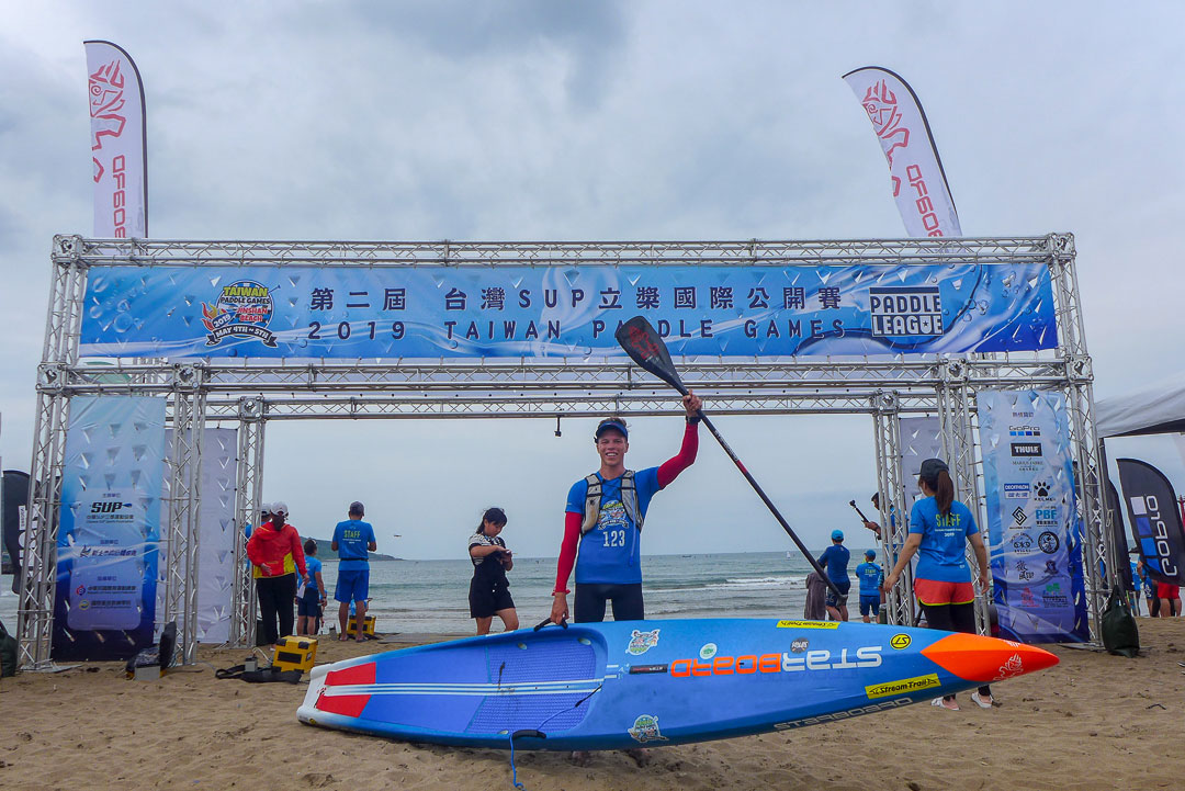 starboard-sup-stand-up-paddling-paddle-board-2019-Taiwan-Paddle-Games-Sai-Nepaka-daniel-finish