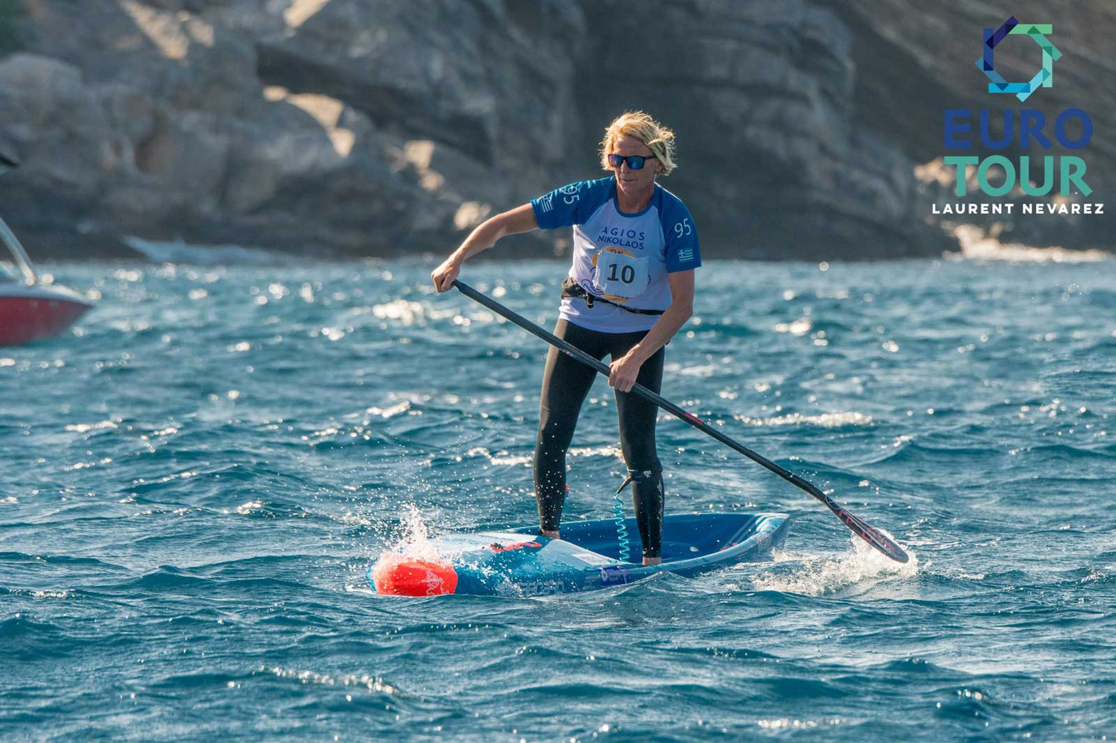 starboard-sup-stand-up-paddelboarding-eurotour-2019-Agios-Nikolaos-on-SUP-Crete-greece-Sonni-Hoenscheid-ace-downwind-1600
