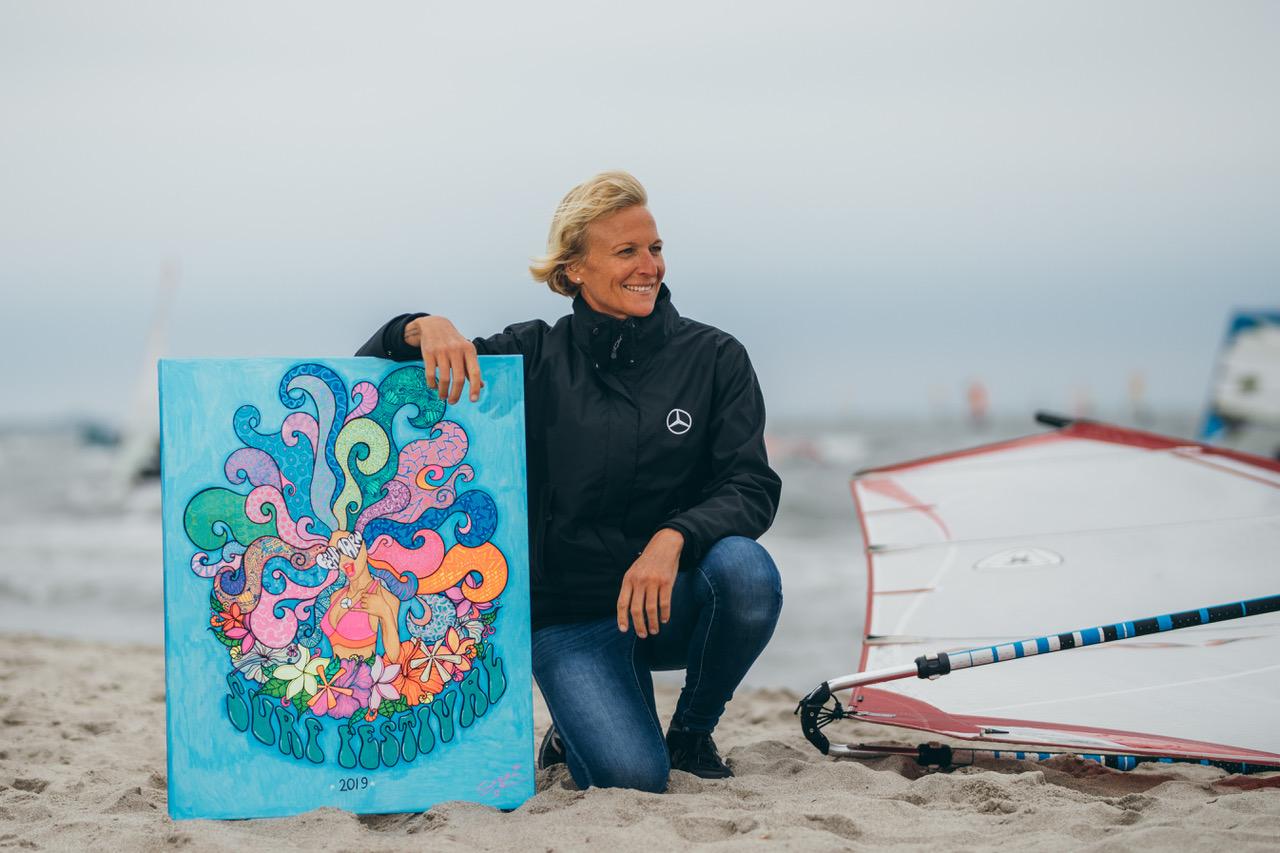 Sonni Hoënscheid Talks at Surf Festival Fehmarn mercedes benz roiders academy speach m2o experience By Thomas Burblies