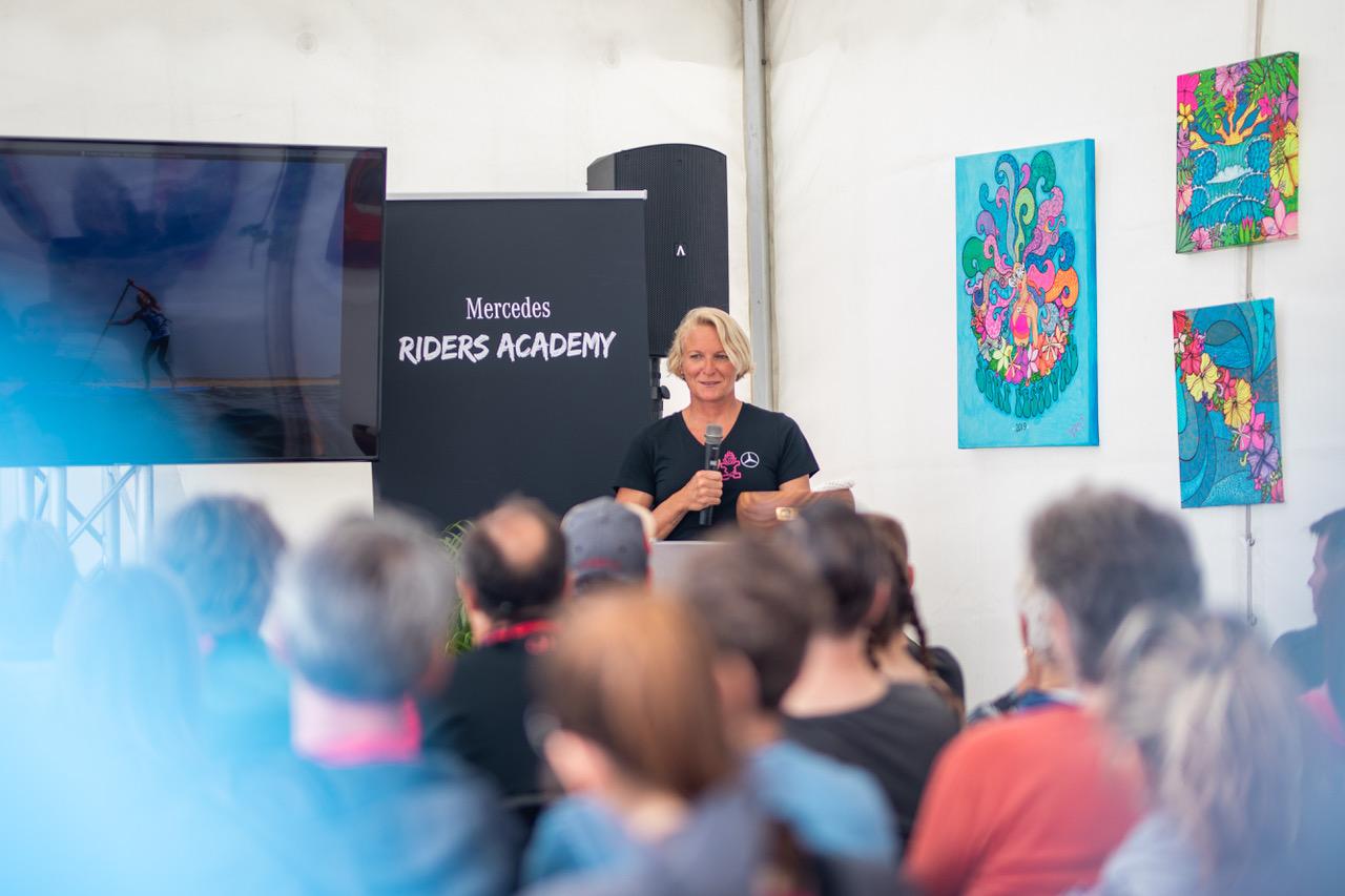 Sonni Hoënscheid Talks at Surf Festival Fehmarn mercedes benz roiders academy speach m2o experience